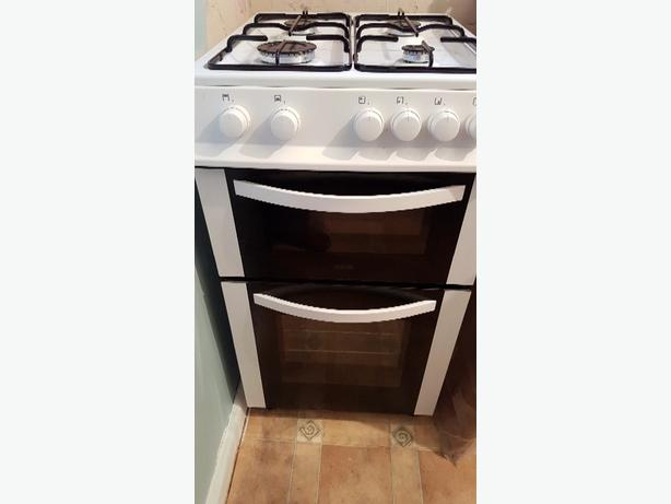 virtually new gas cooker (3 weeks old)
