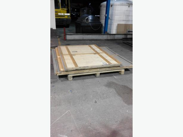 WOODEN PACKING CASE