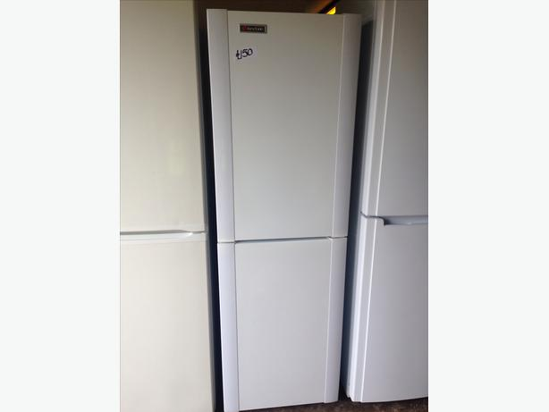 HOOVER FRIDGE / FREEZER WHITE2