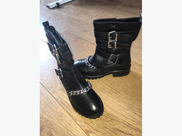 river island mucle boots real leather brand new!!