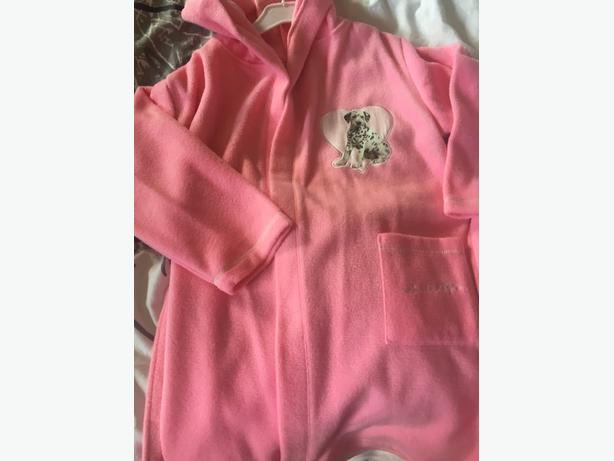 dressing gown size 5-6 brand new with tags