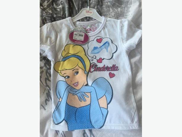 disney top size 5-6  brand new with tags!