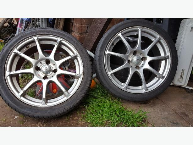 17 inch alloy wheels off ford focus