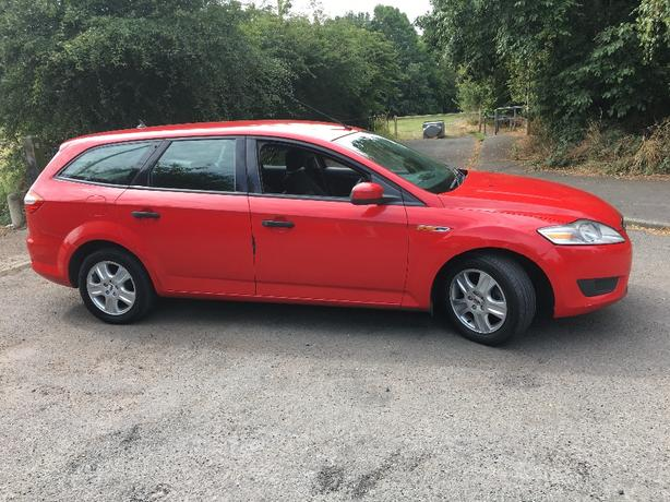 quick sale ford mondeo 2008 £1250 ono