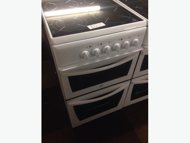 INDESIT ELECTRIC COOKER3