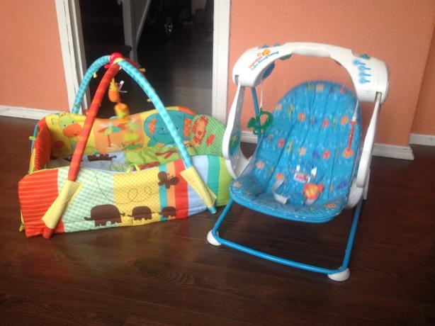 baby swinging chair and play mat