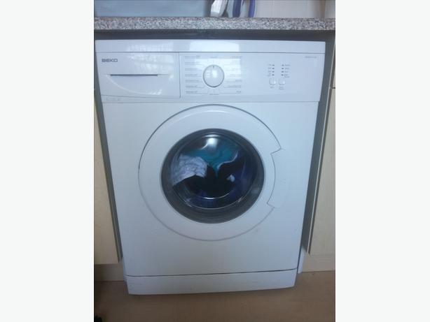Nearly new slimline beko 5kg washer machine