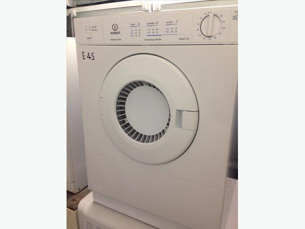 INDESIT 3KG WHITE MINI DRYER