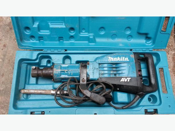 MAKITA HM1317 AVT Breaker Hammer 240V