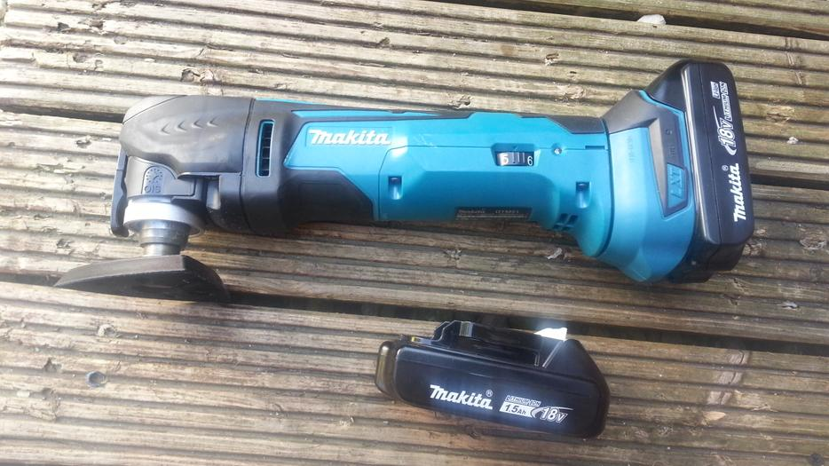 makita dtm51 lxt 18v li ion oscillating multitool cutter wednesbury sandwell. Black Bedroom Furniture Sets. Home Design Ideas
