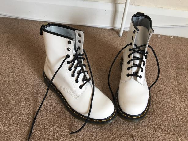 white dr martens size 7