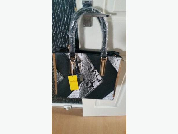 new hang bag