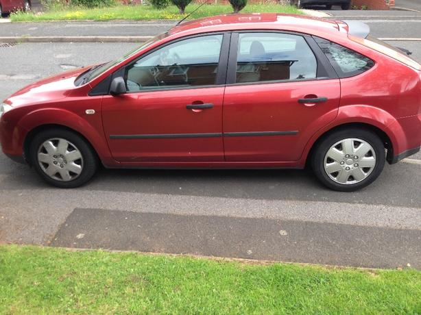 Ford Focus LX 1.4  2006