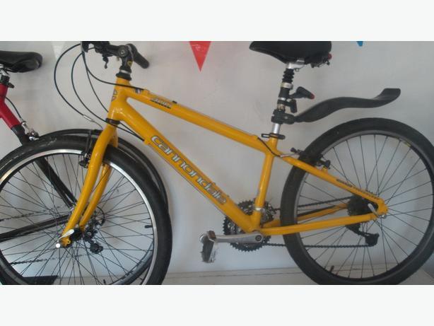 Cannondale 400 comfort dirt/jump bike £120