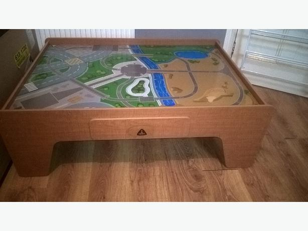 Early learning center car/train table, reversible with draw