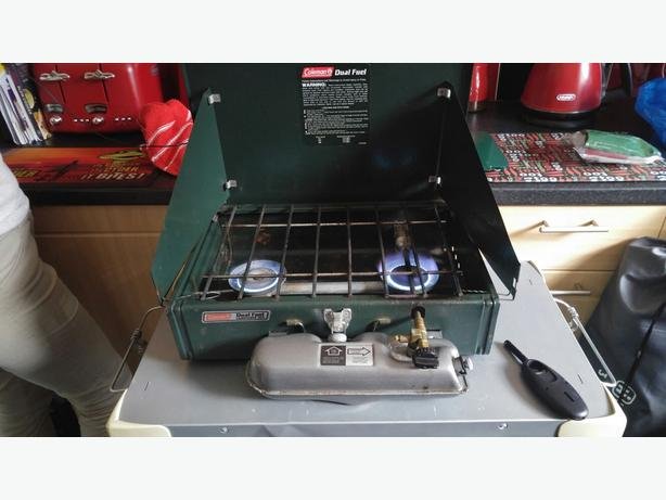 COLEMANS DUAL FUEL COOKER , CAMPING, FISHING ETC