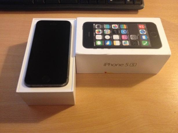 iphone 5s grey 16gb ee  brand new 2 days old