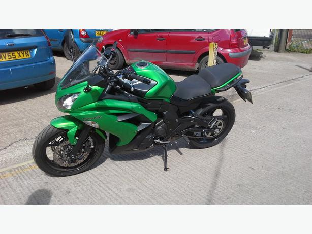 kawasaki er650f 2012 low miles 7000 hpi clear
