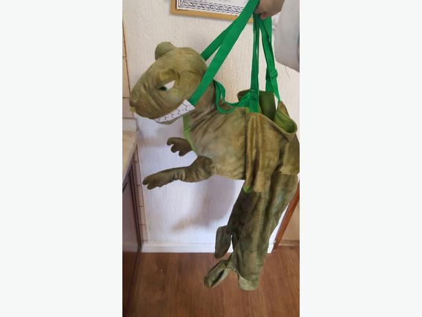 dinosaur dress up