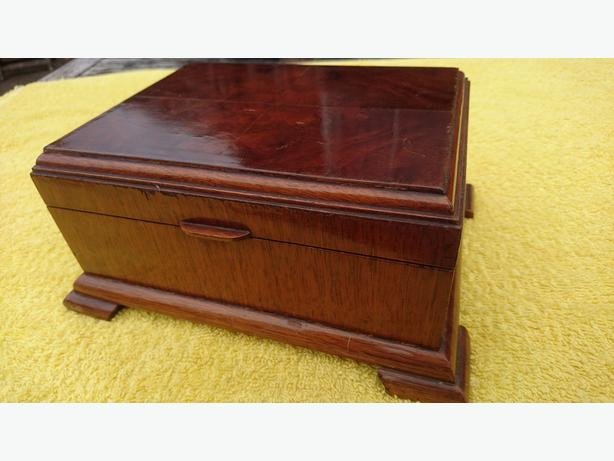 ANTIQUE ART DECO OAK WALNUT VENEER GORGEOUS TRINKET JEWELRY BOX CASE ALL ORIG