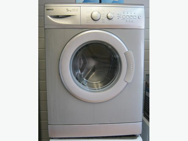 Beko Silver Washing Machine, 5kg Capacity, 1200 Spin, 6 Month Warranty