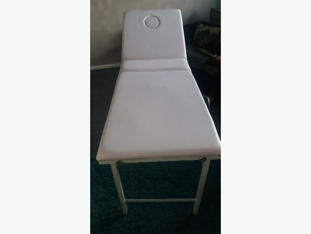 Solid heavy padded massage / beauty bed