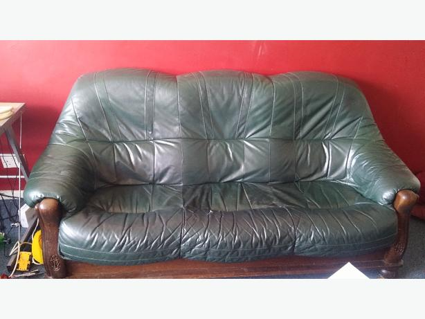 2 + 3 seater green leather sofa