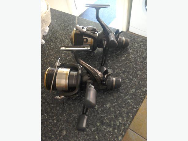 2 shimano xtea carp fishing reels 1 10000 1 8000