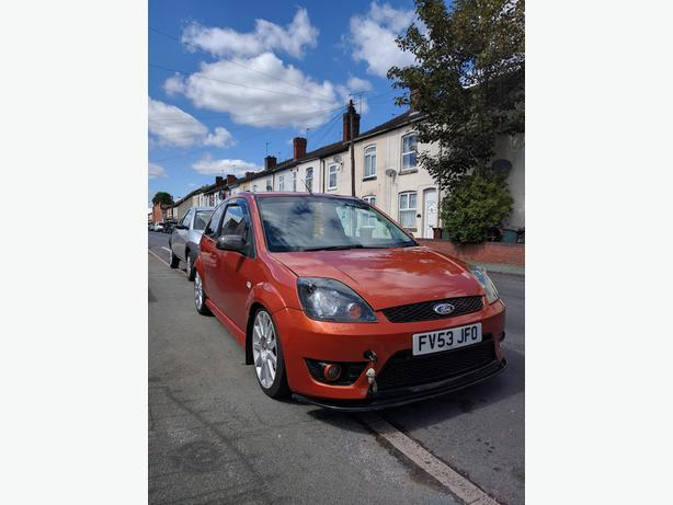 Ford Fiesta 1.4 (ST REPLICA)