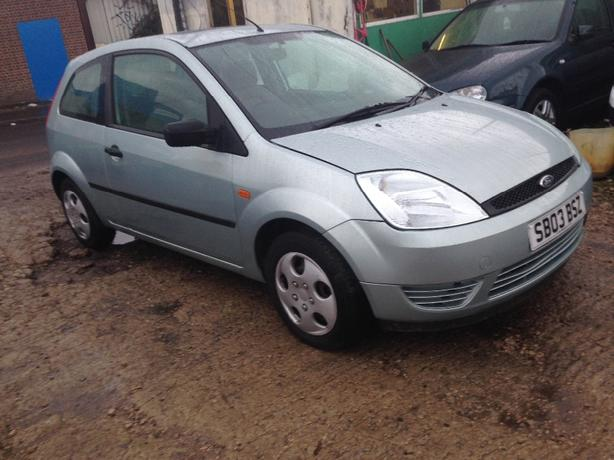 ford fiesta long mot 495