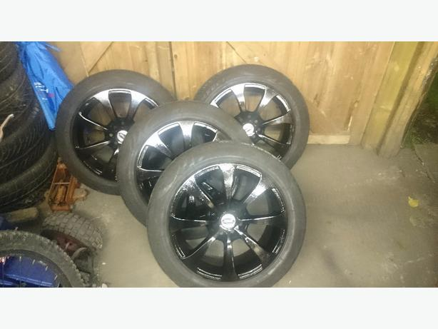 "4x 15"" wheels and nearly new tyres"