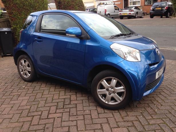 ****Toyota iQ Excellent Car***