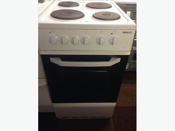 PLATED TOP BEKO SINGLE CAVITY 50CM ELECTRIC COOKER