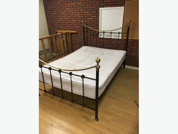 metal bed frame with matteess