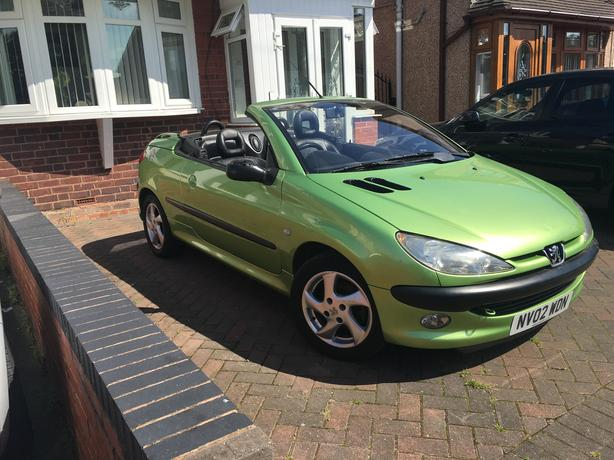 Automatic Peugeot 206 1.6 convertable, Please read Full add, low mileage