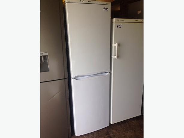 HOTPOINT ICED DIAMOND FRIDGE FREEZER