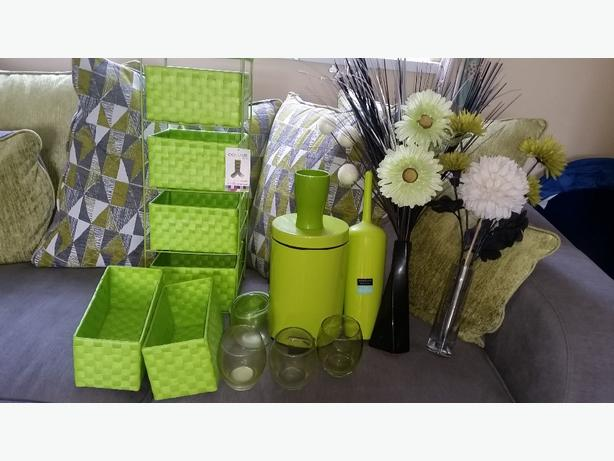 green bathroom items
