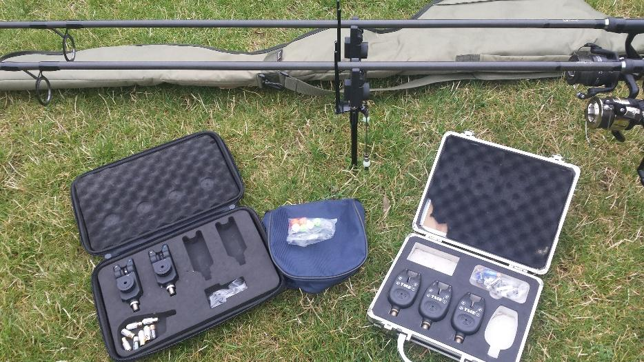 Job lot fishing gear for sale brierley hill wolverhampton for Fishing equipment for sale