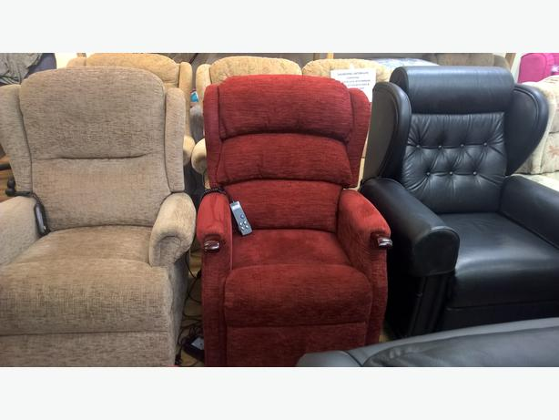 Ex Demo Hsl Linton Dual Motor Riser Recliner Chair Dudley