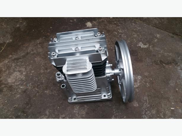 Two Cylinders Compressor Pump Suitable 100 - 300 LTR - 360 l/min (12 cfm)