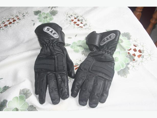 LADIES MEDIUM LEATHER MOTORCYCLE GLOVES