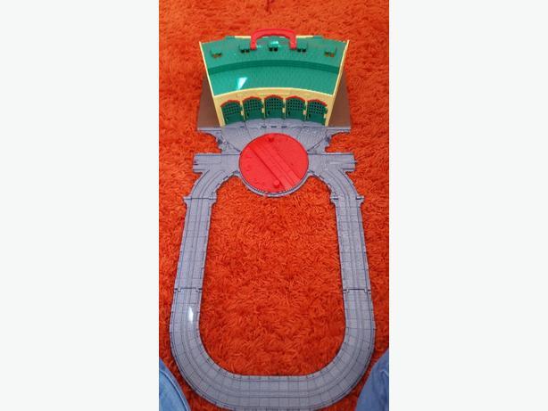 Thomas tracks