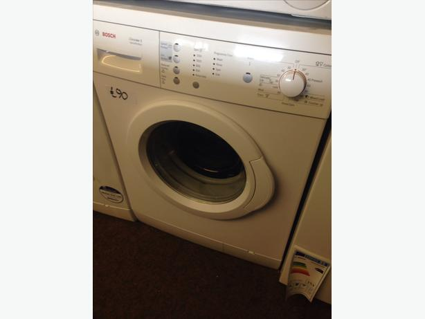 BOSCH WASHING MACHINE 6KG 1200 SPIN5
