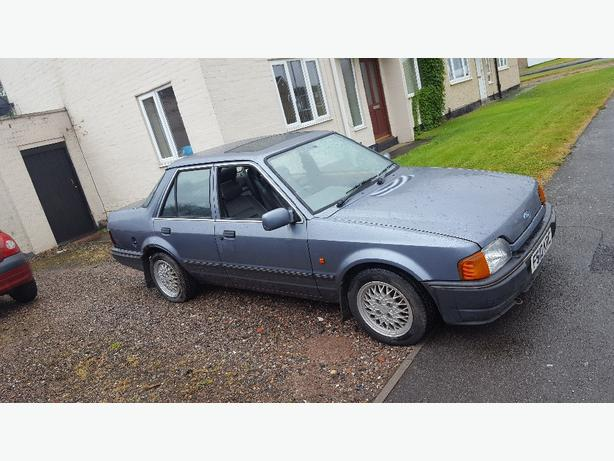 Ford orion 1600E tickford