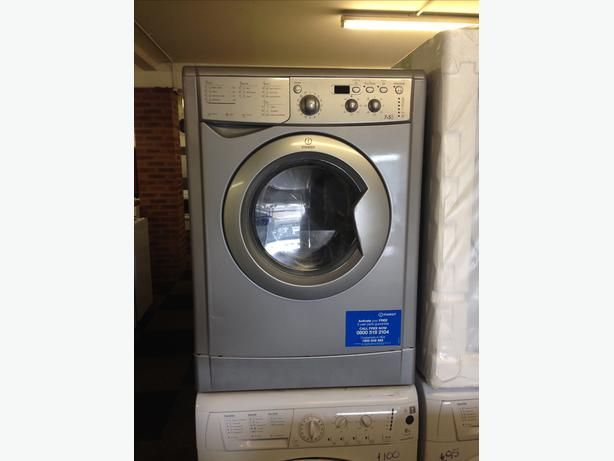 SILVER INDESIT WASHER DRYER 7+5 KG IN GREAT CONDITION