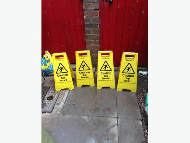 plastic cleaning signs