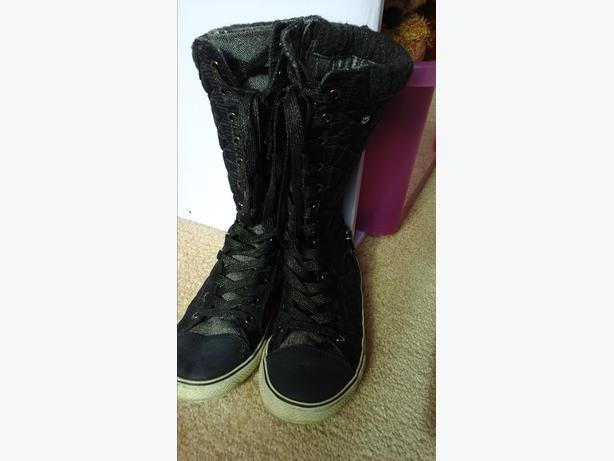 Next size 3 Girls Zip up/lace up boots