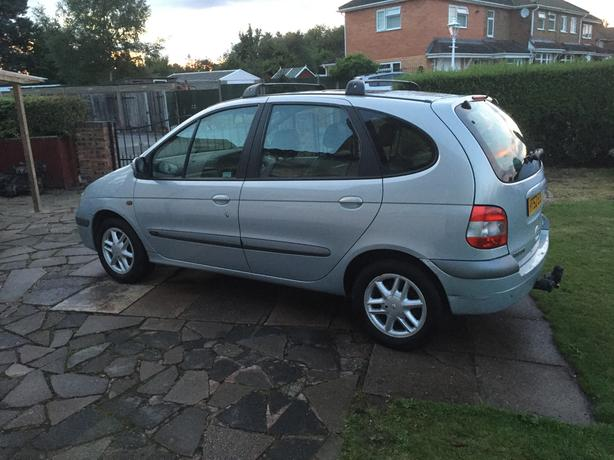 For sale Renault Scenic 1.6 £395