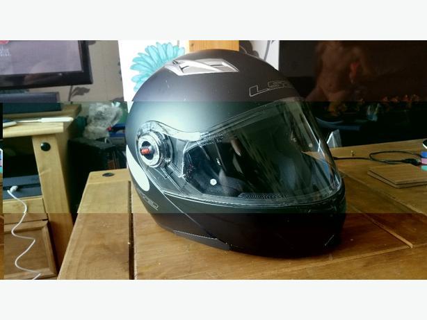 flip lid helmet