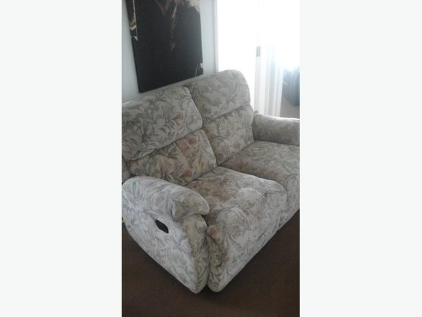 fabric flowered 2 seater recliner